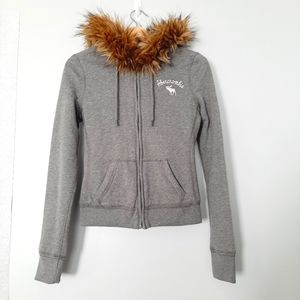 NWT NEW ABERCROMBIE & FITCH Sweater Stripe Lined Faux Fur Hoodie Gray Zip Sz. XS